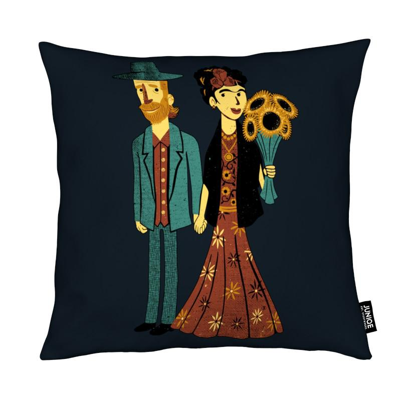love is art frida kahlo and van gogh als kissen juniqe. Black Bedroom Furniture Sets. Home Design Ideas
