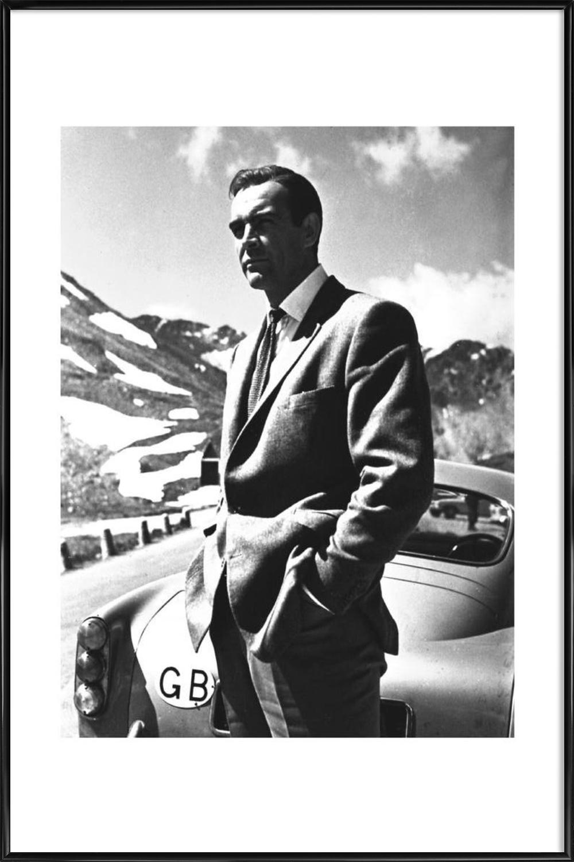 Gerahmte James Bond Bilder online bestellen | JUNIQE