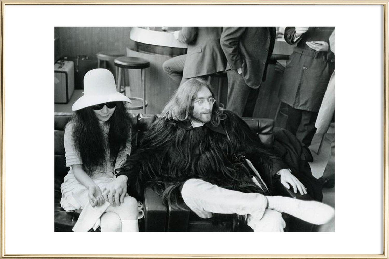 11106b1dd93 John Lennon and Yoko Ono as Poster in Aluminium Frame