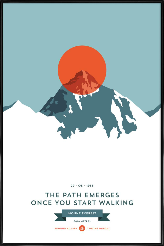Mount Everest Orange als Poster im Kunststoffrahmen | JUNIQE