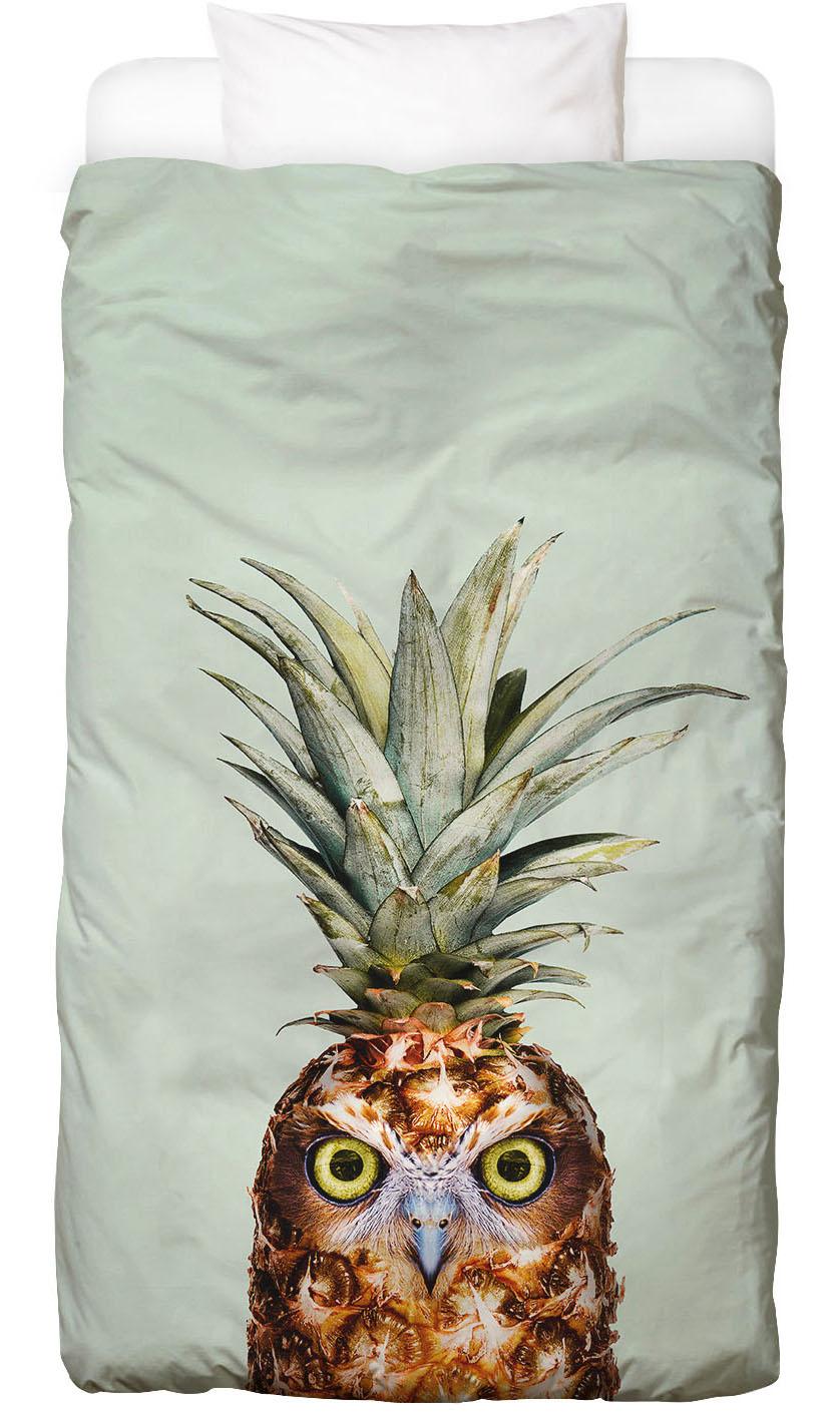Pineapple Owl als Premium Poster von Jonas Loose | JUNIQE
