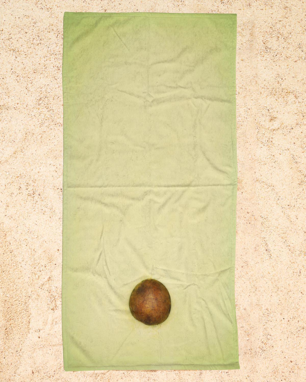 Avocado als Bettwäsche von Lemon-apes | JUNIQE
