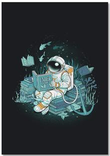 A reader lives a thousand lives - Cosmonaut Under The Sea