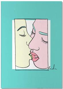 Women Kiss