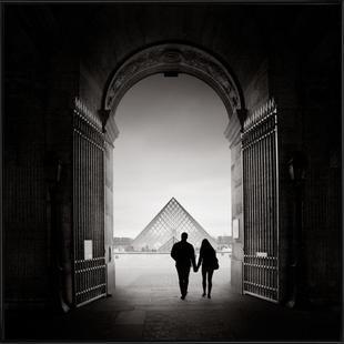 France - La Pyramide du Louvre