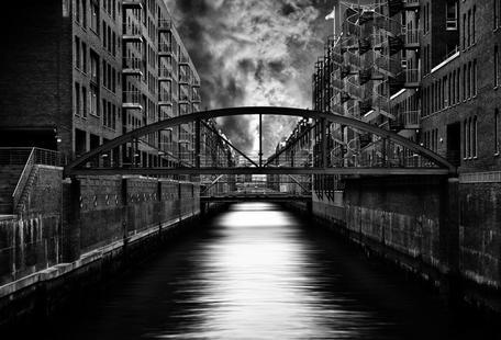 The other side of Hamburg - Stefan Eisele