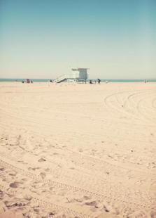 Santa Monica Beach Hut