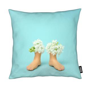 Feet Vase Lilacs