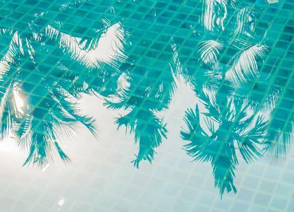 Miami Reflections by @Khoopatiphatnukoon