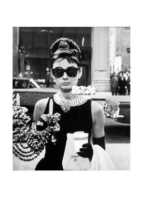Audrey Hepburn in Breakfast at Tiffany's, 1961 -Leinwandbild