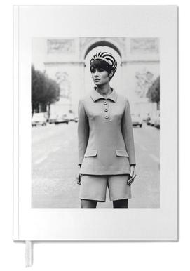 Outfit created by Pierre Balmain for airline hostesses of the future. -Terminplaner