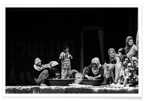 Women Washing - Faruk Uslu