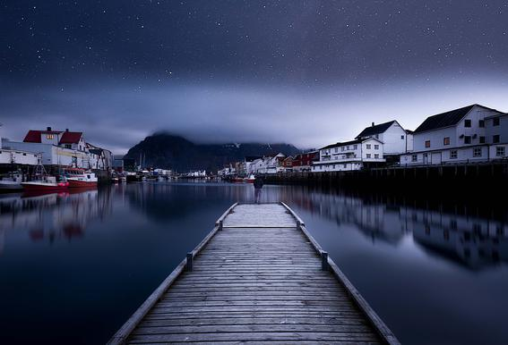 When the Night Comes Falling from the Sky - Lior Yaakobi