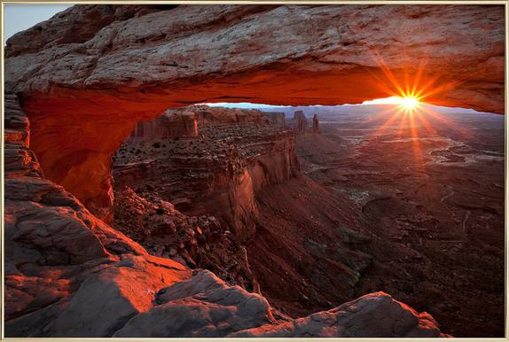 Mesa Arch Sunrise - BarbaraRead affiche sous cadre en aluminium
