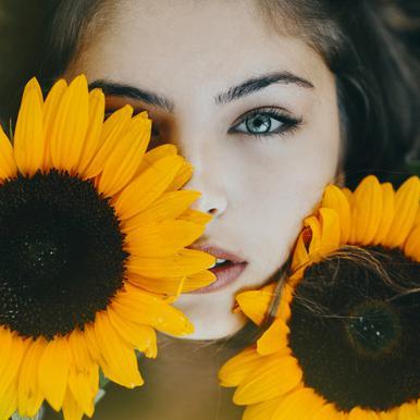 Sunflower Girl Aluminium Print