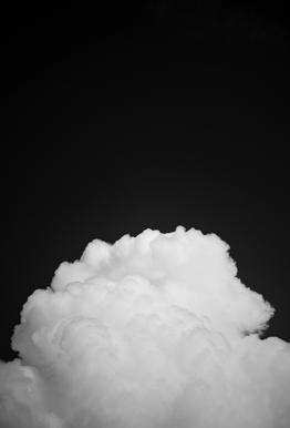 Black Clouds II -Acrylglasbild