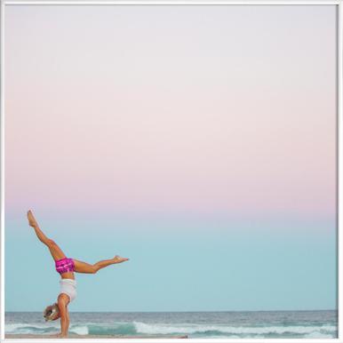 Beach Yoga - Poster in kunststof lijst