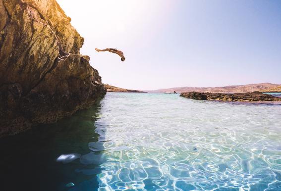 Jump by @adamsmialy alu dibond