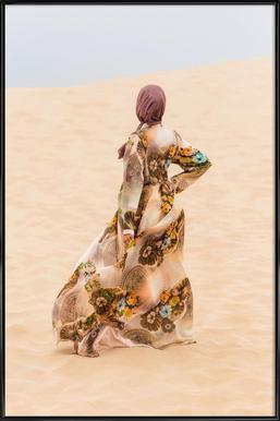 Desert Dance by Kurshid Samarqandiy -Bild mit Kunststoffrahmen