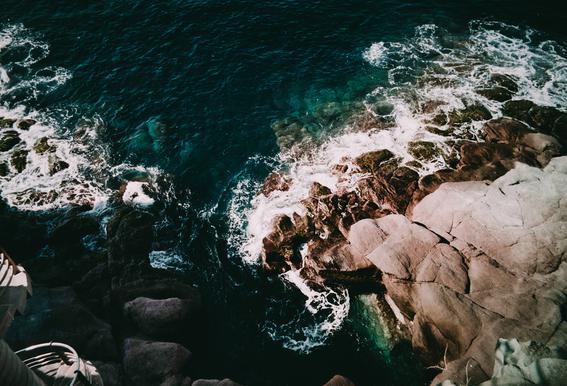 Shores VIII