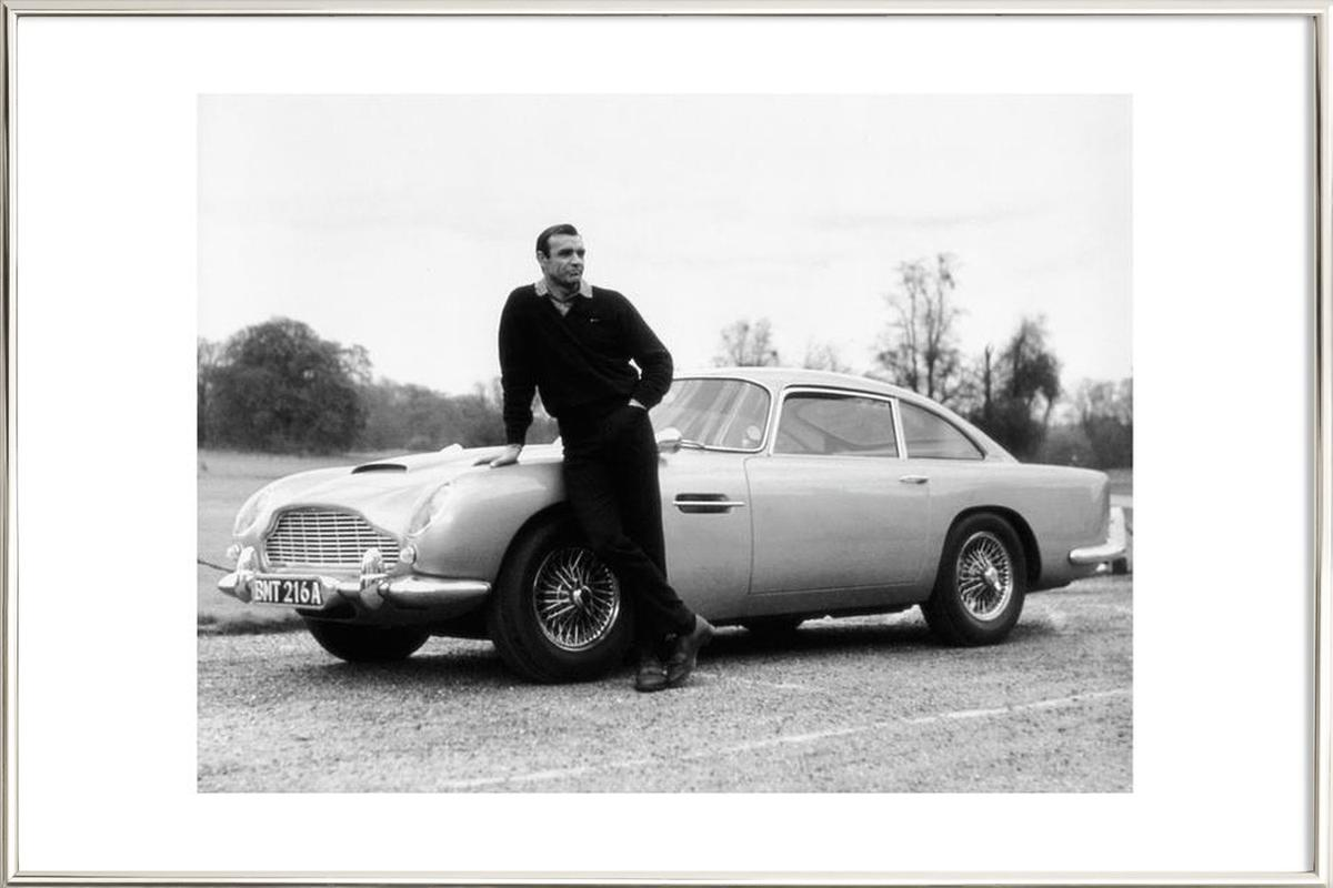Sean Connery in Goldfinger, 1964 as Poster in Aluminium Frame | JUNIQE