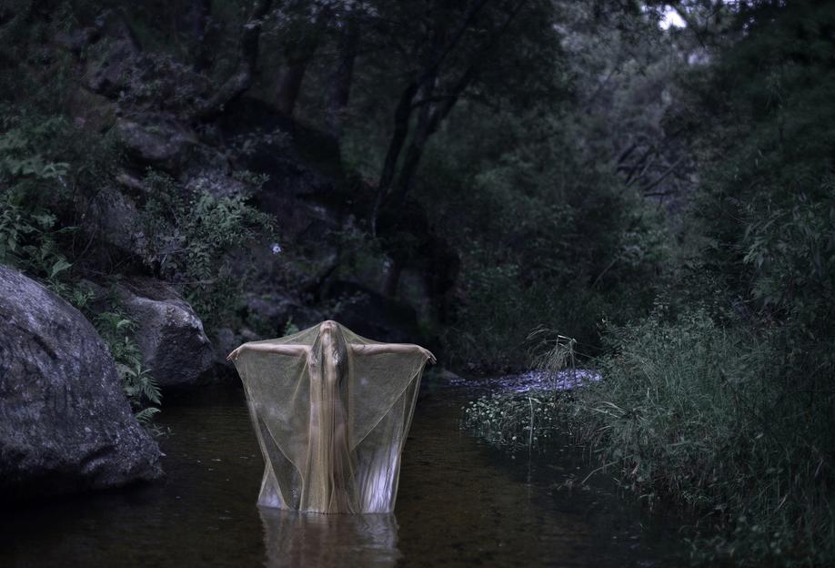 river stories als acrylglasbild von ana topoleanu juniqe. Black Bedroom Furniture Sets. Home Design Ideas