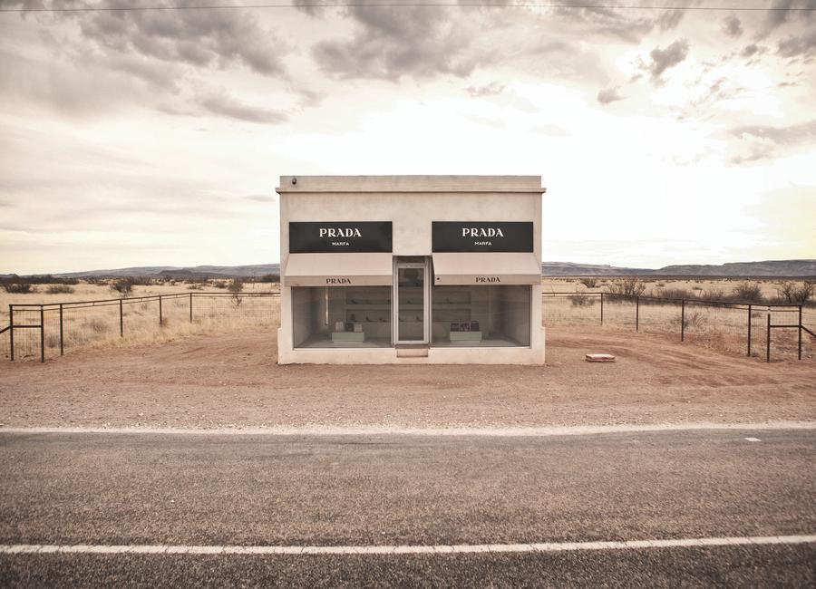 prada marfa as canvas print by marc gruninger juniqe uk. Black Bedroom Furniture Sets. Home Design Ideas