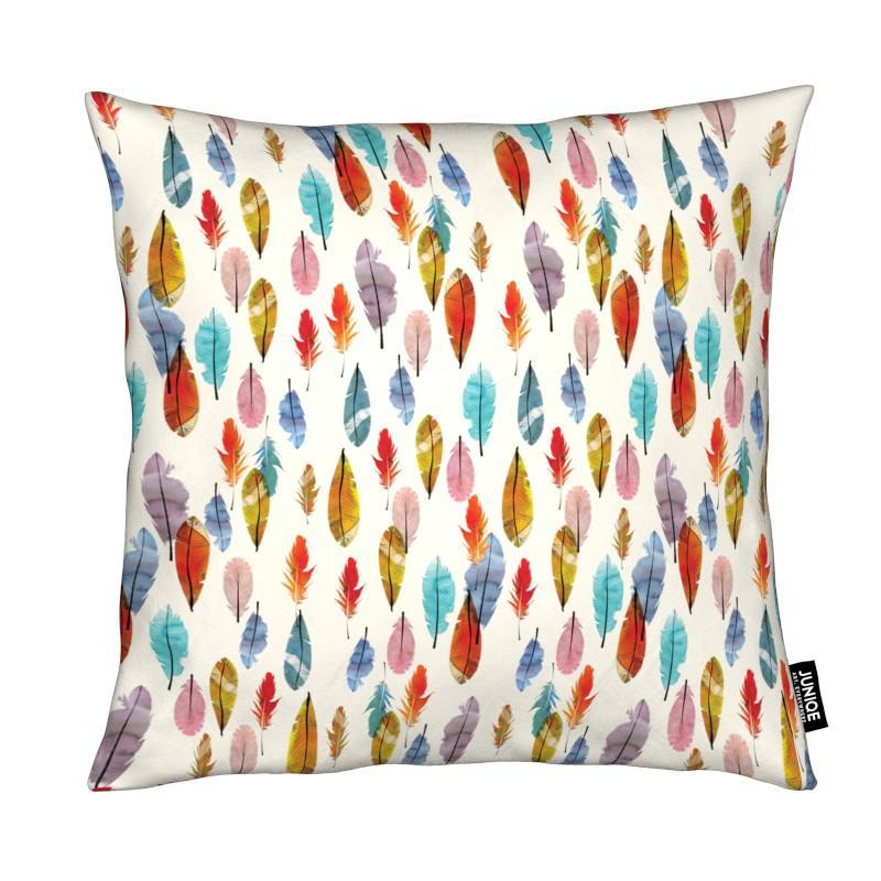 feathers als kissen von the wall shop juniqe ch. Black Bedroom Furniture Sets. Home Design Ideas