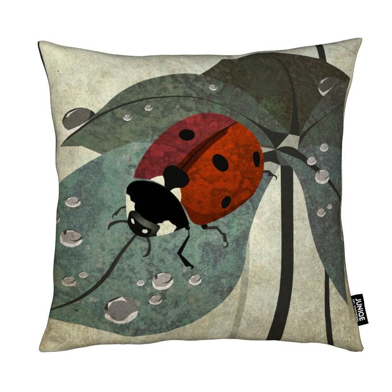 marienk fer als kissen von sabrina ziegenhorn juniqe. Black Bedroom Furniture Sets. Home Design Ideas