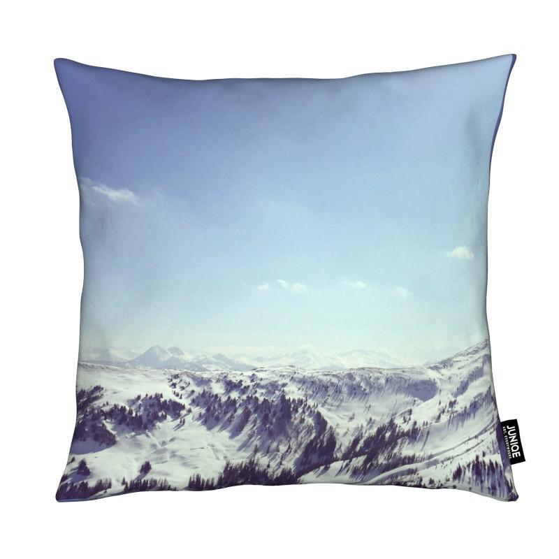 the alps 2 als kissen von nur mut juniqe ch. Black Bedroom Furniture Sets. Home Design Ideas