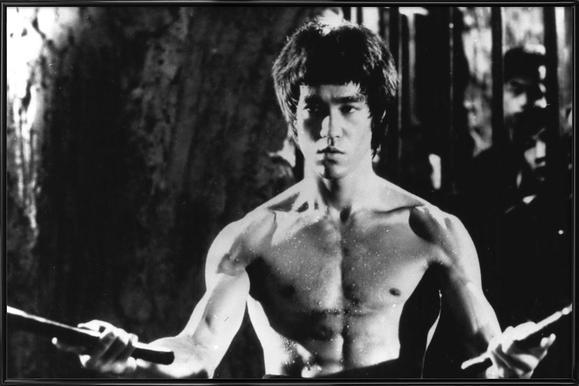 Bruce Lee in 'Enter The Dragon' affiche encadrée