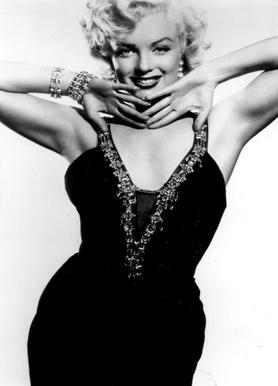 Marilyn Monroe in a glamourous black dress toile