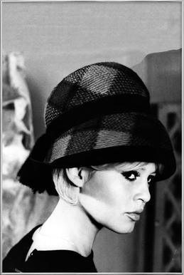 Brigitte Bardot with Hat affiche sous cadre en aluminium