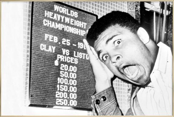 The New World Heavyweight Champion Cassius Clay, 26 February 1964 affiche sous cadre en aluminium