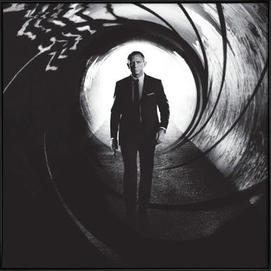 Daniel Craig in 'Skyfall' affiche encadrée