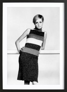 Twiggy in a knitted suit Framed Print