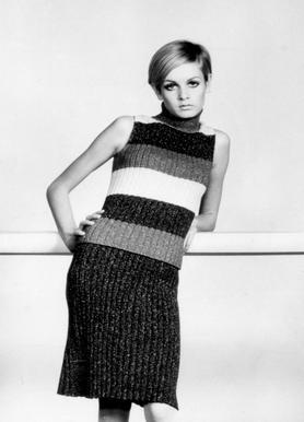 Twiggy in a knitted suit toile