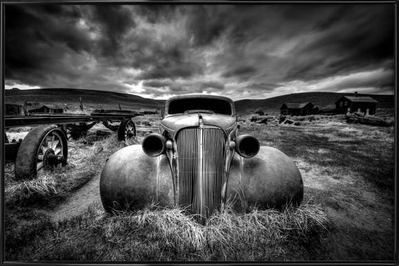 Too Old to Drive - Carsten Schlipf -Bild mit Kunststoffrahmen