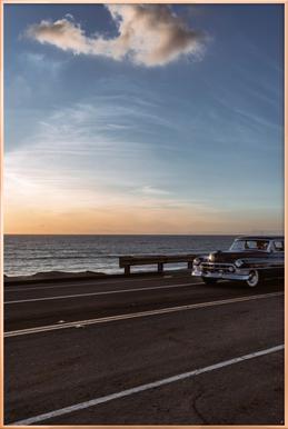 Cadillac Sunset Cruise I Poster in aluminium lijst