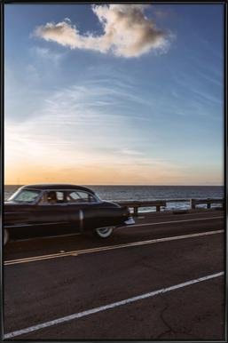Cadillac Sunset Cruise II Poster in kunststof lijst