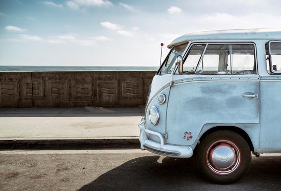 Wolfsburg Surf Blue Horizon -Acrylglasbild