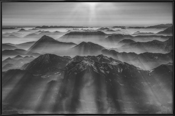 Balloon Ride over the Alps 1 -Bild mit Kunststoffrahmen