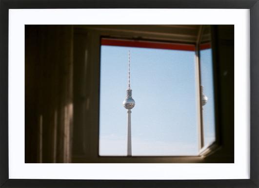 Living in Berlin Poster im Holzrahmen