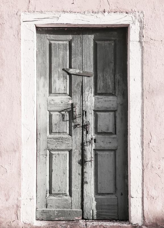 Door to Assos toile