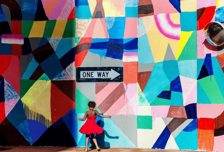 One Way - Gloria Salgado Gispert Aluminium Print