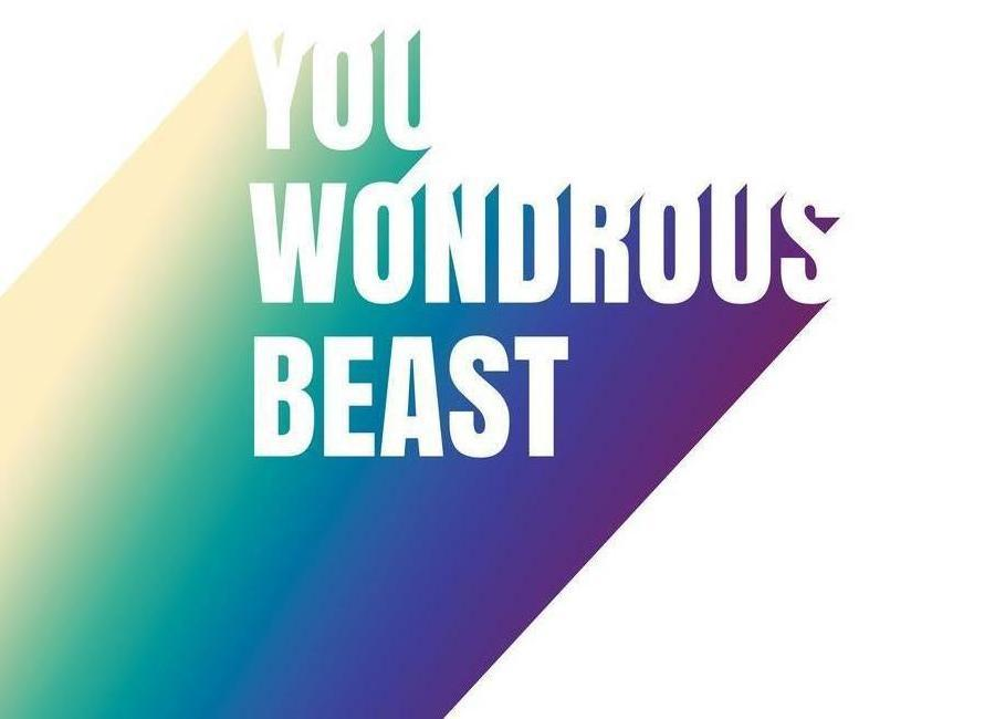 Wonderous Beast Leinwandbild | Dekoration > Bilder und Rahmen > Bilder | Mehrfarbig | Holz