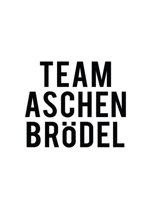 Team Aschenbrödel Leinwandbild   Dekoration > Bilder und Rahmen > Bilder   Mehrfarbig   Holz