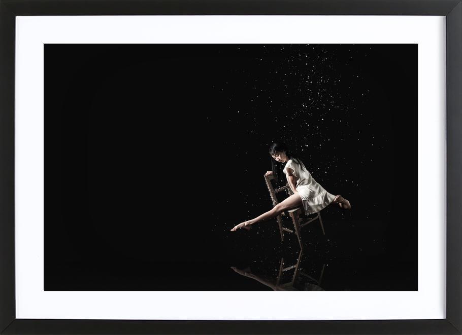 Dance, Dance, Dance 33 -Bild mit Holzrahmen