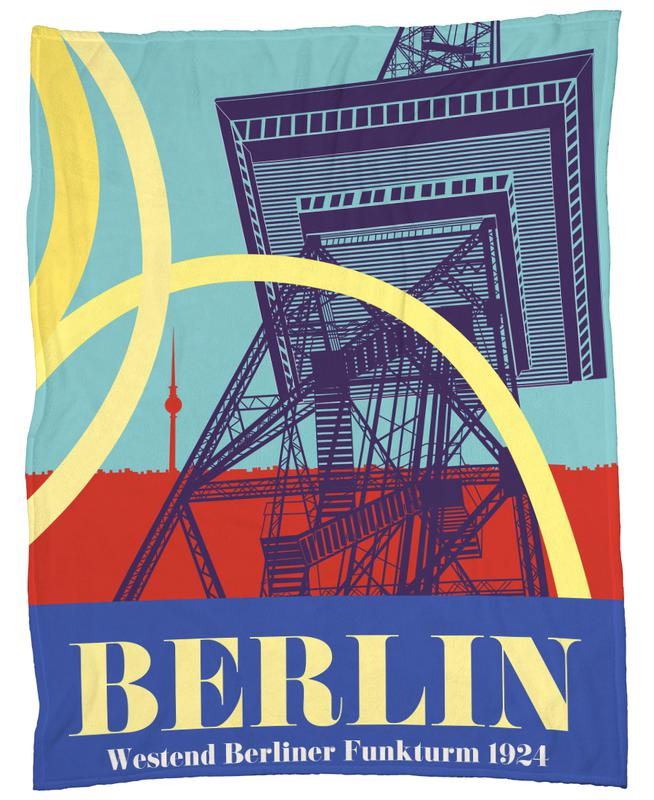 Berlin Funkturm Fleece Blanket