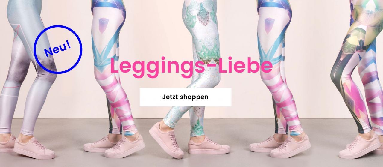 Fünf Paar Frauenbeine in bedruckten Leggings mit Prints in Pastellfarben